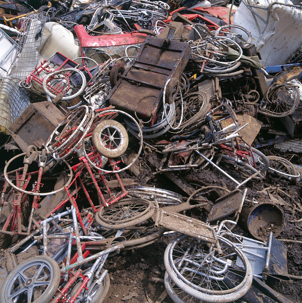 Metallic「Waste management」:写真・画像(17)[壁紙.com]