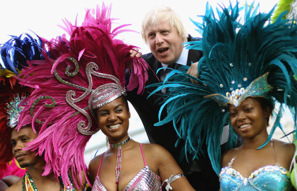 Mayor Of London Boris Johnson Meets Notting Hill Carnival Dancers:ニュース(壁紙.com)