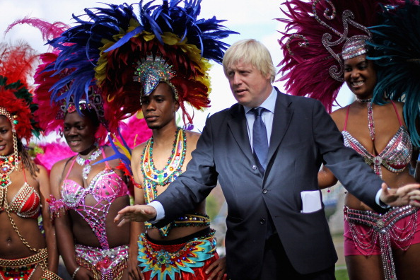 Dan Kitwood「Mayor Of London Boris Johnson Meets Notting Hill Carnival Dancers」:写真・画像(13)[壁紙.com]