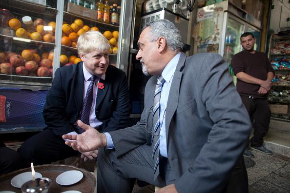 Three Quarter Length「Mayor Of London Boris Johnson Visits Israel」:写真・画像(17)[壁紙.com]