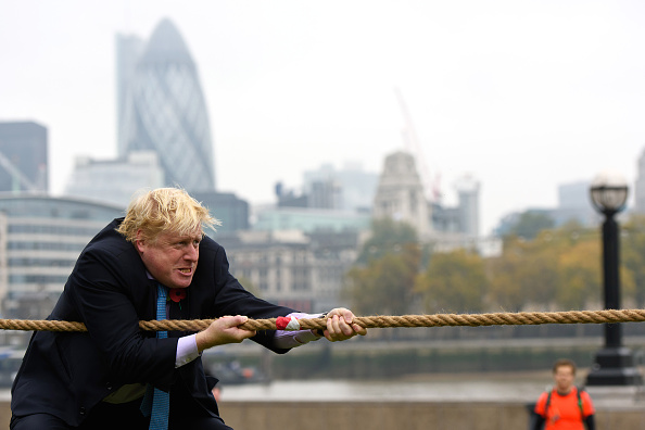 Boris Johnson「Boris Johnson Launches Poppy Day With An Armed Forces Tug Of War」:写真・画像(15)[壁紙.com]