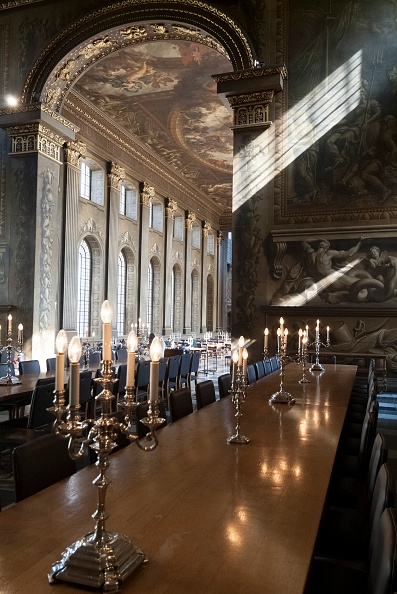 Dining Table「Painted Hall」:写真・画像(19)[壁紙.com]