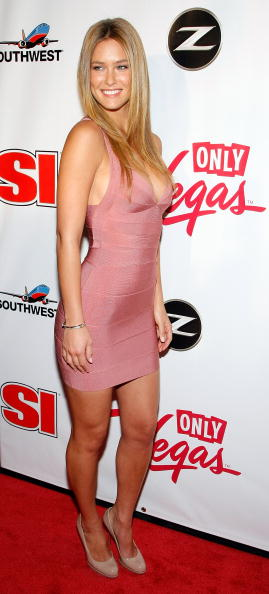 Eyeliner「Sports Illustrated Swimsuit Party At LAX In Las Vegas」:写真・画像(8)[壁紙.com]