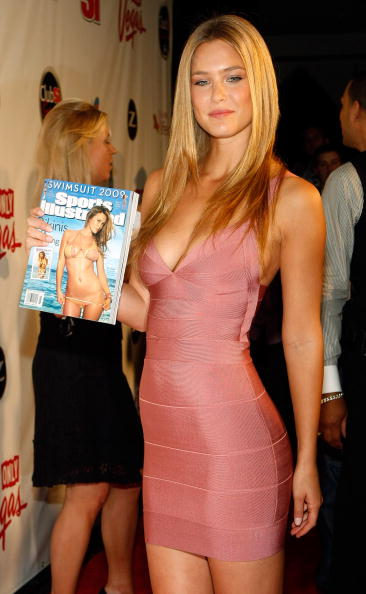 Eyeliner「Sports Illustrated Swimsuit Party At LAX In Las Vegas」:写真・画像(14)[壁紙.com]