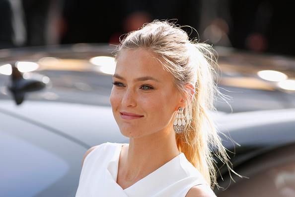 """Bar Refaeli「Opening Ceremony & """"La Tete Haute"""" Premiere - The 68th Annual Cannes Film Festival」:写真・画像(6)[壁紙.com]"""