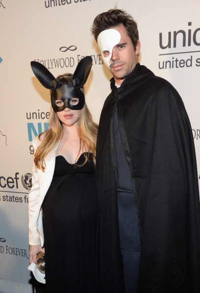 St「The 1st Annual UNICEF Masquerade Ball In Los Angeles」:写真・画像(4)[壁紙.com]