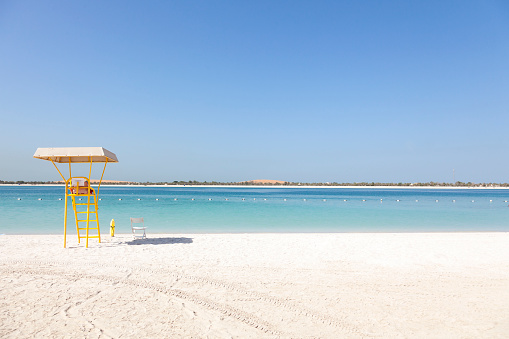 Lifeguard「UAE, Abu Dhabi, Corniche, lifeguard tower」:スマホ壁紙(9)