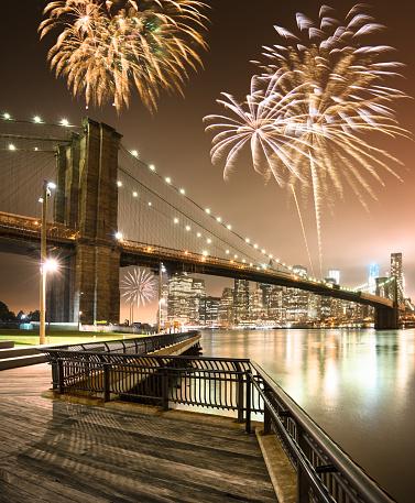 花火「花火は、国民の祝日を、ブルックリン橋」:スマホ壁紙(8)