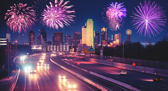 Fourth of July「fireworks for a national holiday in Dallas」:スマホ壁紙(12)