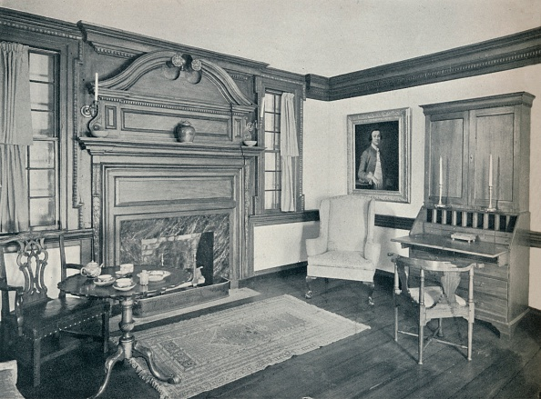 Rug「The Living Room of the Francis Corbin House」:写真・画像(10)[壁紙.com]