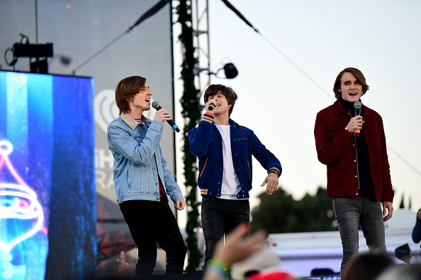 KIIS FM「102.7 KIIS FM's Jingle Ball Village - PRE-SHOW」:写真・画像(17)[壁紙.com]