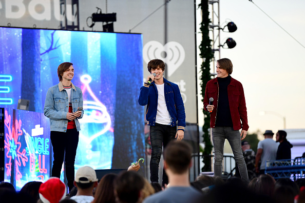 KIIS FM「102.7 KIIS FM's Jingle Ball Village - PRE-SHOW」:写真・画像(16)[壁紙.com]