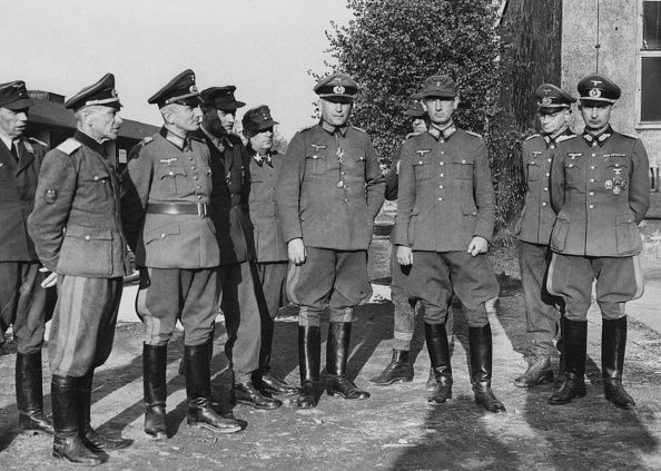 Surrendering「German Surrender」:写真・画像(9)[壁紙.com]