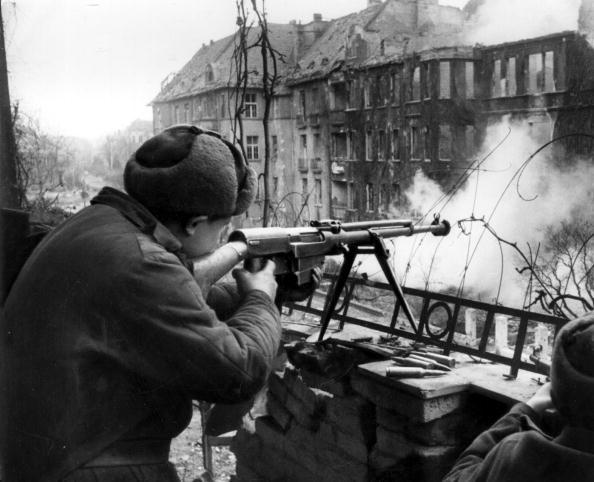 Russian Military「Anti-Tank Rifle」:写真・画像(2)[壁紙.com]