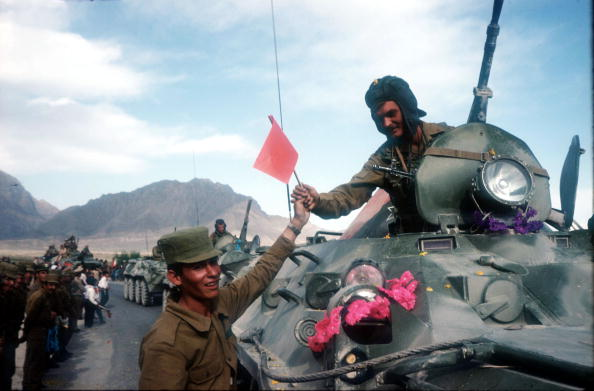 Kabul「Soviet Troops Leave Afghanistan」:写真・画像(14)[壁紙.com]