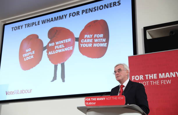 John McDonnell Holds A Campaign Press Conference In Central London:ニュース(壁紙.com)