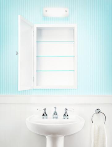 Bathroom「Empty medicine cabinet in residential bathroom」:スマホ壁紙(7)
