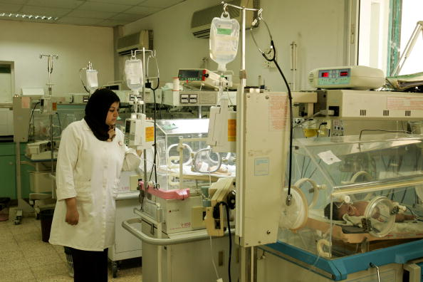 Gaza Strip「Palestinian Hospitals Suffer From Shortage Of Medical Supplies」:写真・画像(2)[壁紙.com]