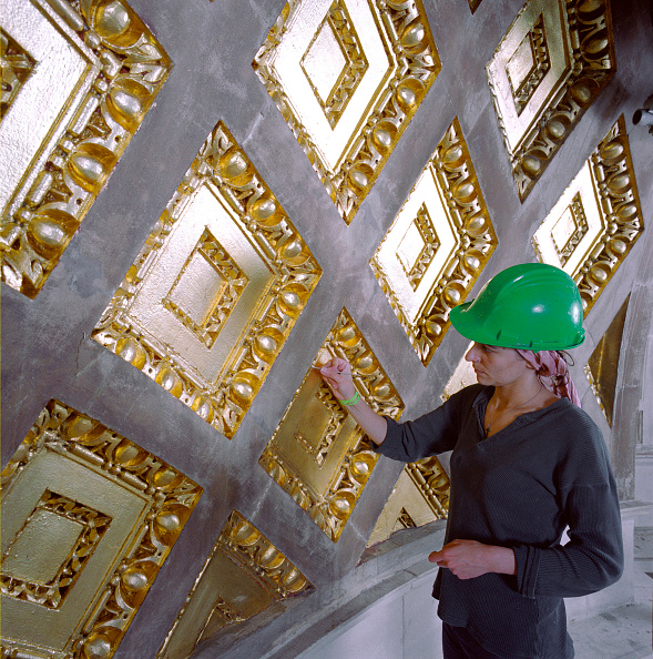 Ceiling「St Paul's Cathedral, London, UK. The £40m cleaning program celebrated the 300th anniversary of Sir Christopher Wren's masterpiece.」:写真・画像(0)[壁紙.com]
