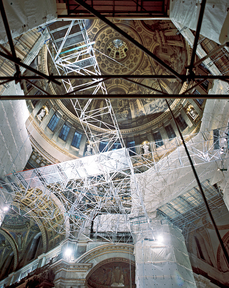 Ceiling「St Paul's Cathedral, London, UK. The £40m cleaning program celebrated the 300th anniversary of Sir Christopher Wren's masterpiece.」:写真・画像(4)[壁紙.com]