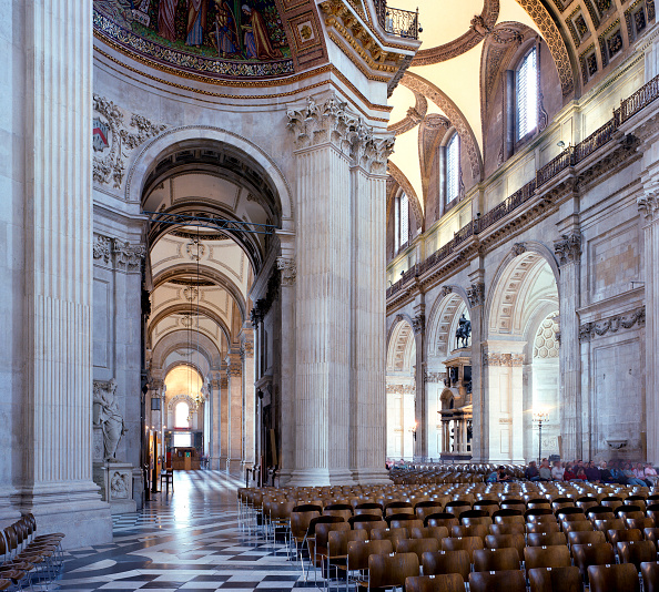 No People「St Paul's Cathedral, London, UK. The £40m cleaning program celebrated the 300th anniversary of Sir Christopher Wren's masterpiece.」:写真・画像(16)[壁紙.com]