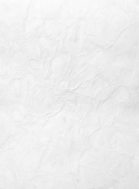 Wrinkled piece of paper against a white background:スマホ壁紙(壁紙.com)