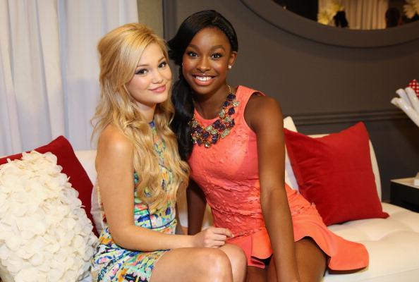 Olivia Holt「Minnie Gifting Lounge At The 2013 Radio Disney Awards」:写真・画像(10)[壁紙.com]