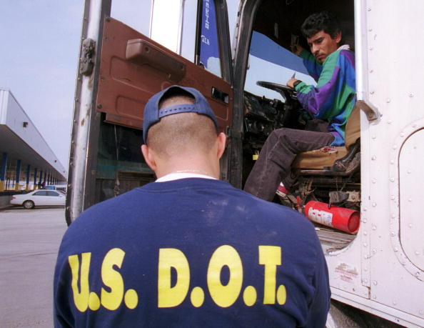 T 「U.S. Department of Transportation Border Inspections」:写真・画像(1)[壁紙.com]