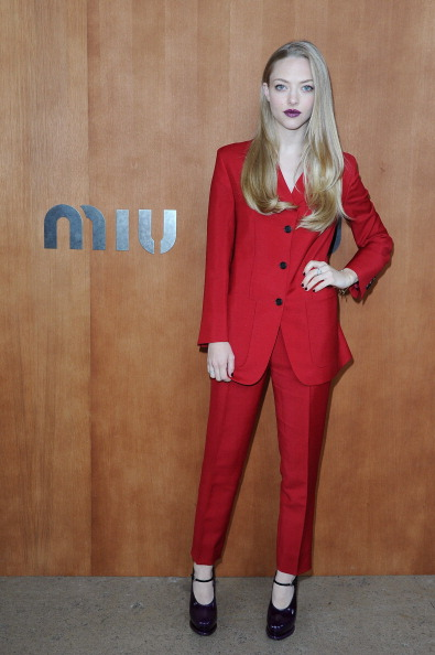 Amanda Seyfried「Miu Miu: Photocall - Paris Fashion Week Womenswear Spring / Summer 2013」:写真・画像(17)[壁紙.com]