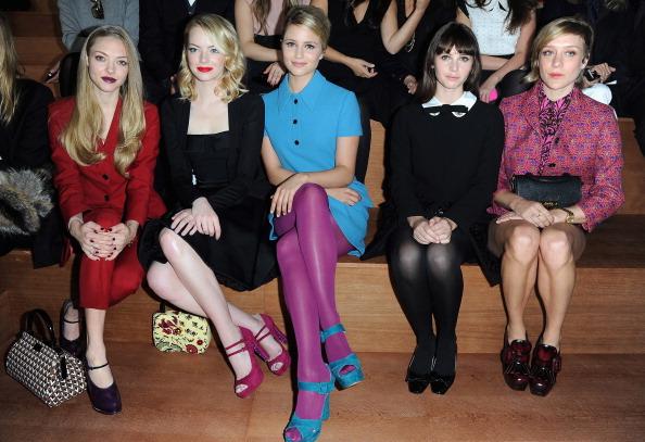 Emma Stone「Miu Miu: Front Row - Paris Fashion Week Womenswear Spring / Summer 2013」:写真・画像(12)[壁紙.com]