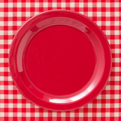 Plate「Empty red dish」:スマホ壁紙(2)