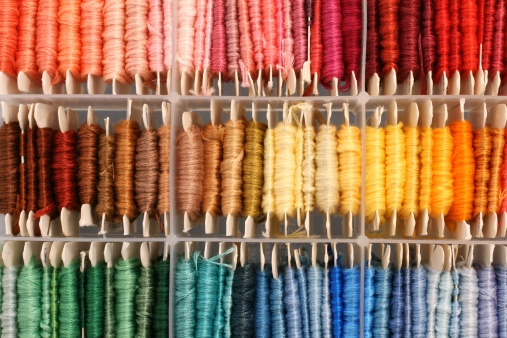 Embroidery「colorful box of thread」:スマホ壁紙(18)