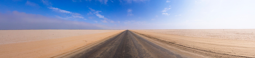 Coastal Road「Namibia, Erongo Region, Lonely coastal road C64」:スマホ壁紙(15)