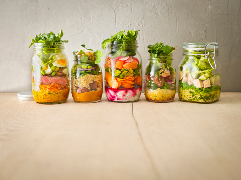 Chili Sauce「Row of five preserving jars with various salads」:スマホ壁紙(11)