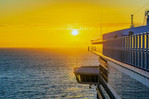 Aboard「Fiji Islands, Lautoka, Cruise ship at sunset」:スマホ壁紙(8)