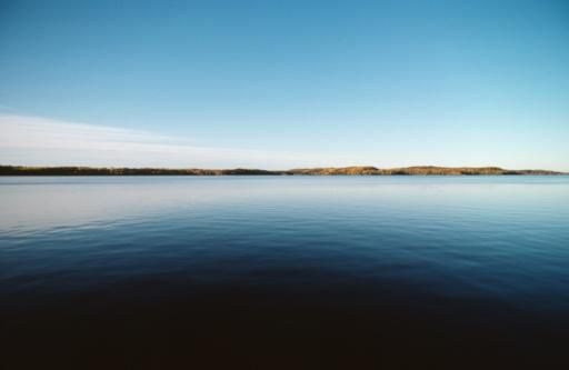 Great Lakes「Calm ocean by shore, Ontario, Canada」:スマホ壁紙(17)