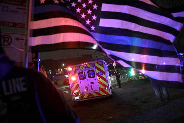 Law「Shooting At Chicago's Mercy Hospital」:写真・画像(14)[壁紙.com]