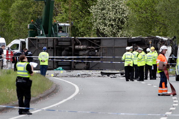 Upside Down「Three Killed In Keswick School Bus Crash」:写真・画像(19)[壁紙.com]