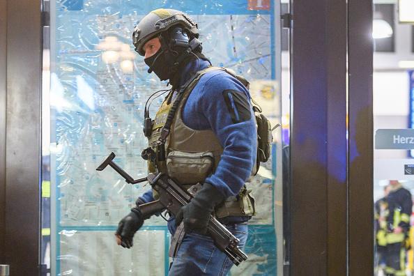 North Rhine Westphalia「Axe Attack In Dusseldorf」:写真・画像(7)[壁紙.com]