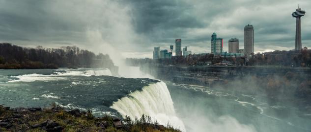 American Falls「American Falls, Niagara River and Canada cityscape」:スマホ壁紙(6)