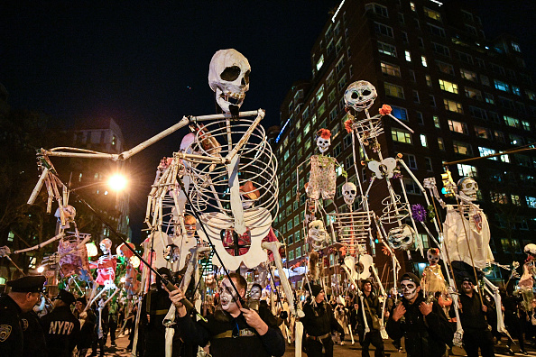 Dia Dipasupil「44th Annual Village Halloween Parade」:写真・画像(17)[壁紙.com]