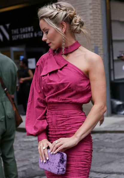 Achim Aaron Harding「Street Style - New York Fashion Week September 2018 - Day 3」:写真・画像(19)[壁紙.com]