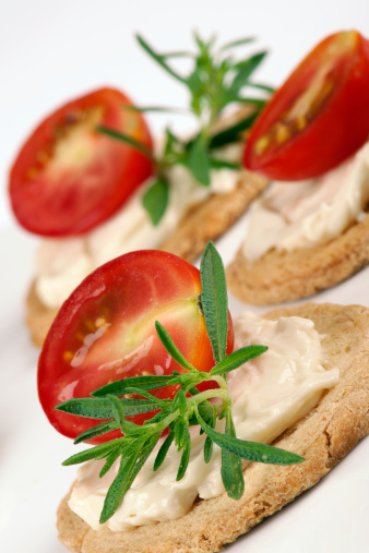 Toasted Food「Half a Tomato with Cream Cheese」:スマホ壁紙(19)