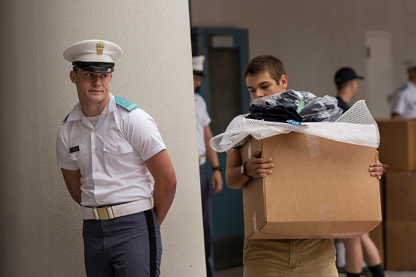 Charleston - South Carolina「New Cadet Class Enters The Citadel」:写真・画像(3)[壁紙.com]
