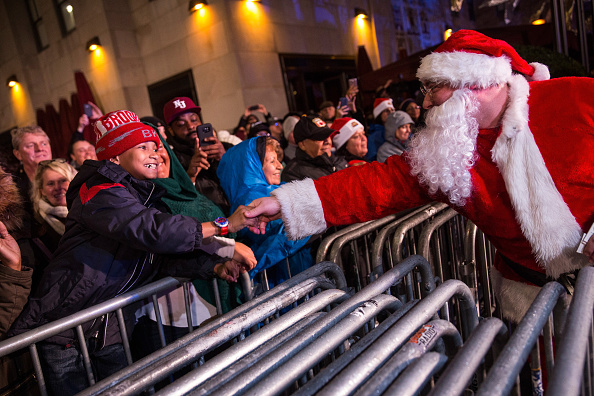Christmas Decoration「83rd Rockefeller Center Tree Lighting 2015」:写真・画像(10)[壁紙.com]