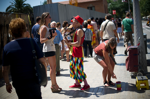 Sagrada Familia - Barcelona「Tourists Flock To Barcelona As Spain Inches Towards A Full-Scale BailoutÊ」:写真・画像(12)[壁紙.com]