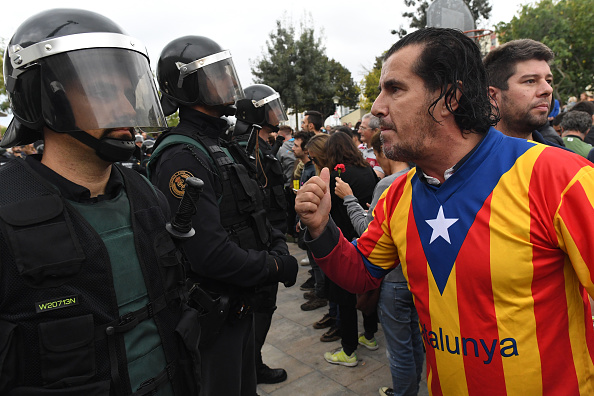 Spain「Independence Referendum Takes Place In Catalonia」:写真・画像(19)[壁紙.com]