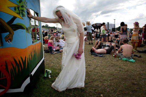 Wedding Dress「Exhausted Bride Glastonbury」:写真・画像(14)[壁紙.com]