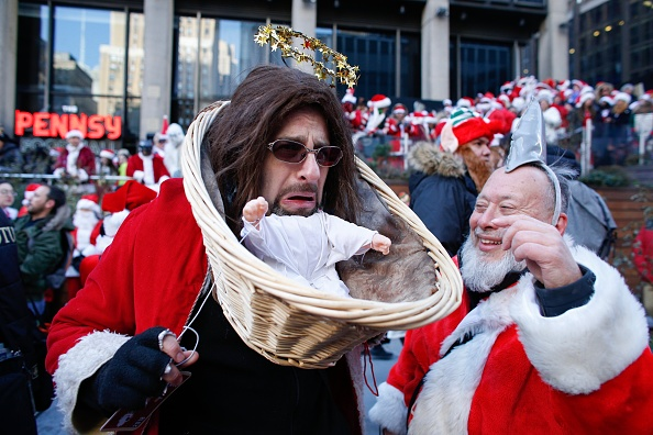 Adult「Annual Santacon Bar Crawl Takes Place In New York」:写真・画像(19)[壁紙.com]