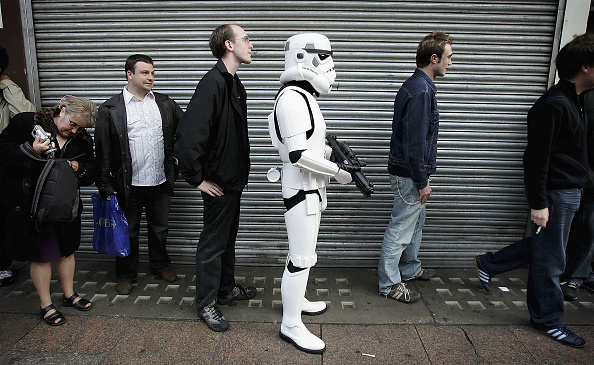 Waiting In Line「Star Wars Episode III: Celebration Day」:写真・画像(15)[壁紙.com]
